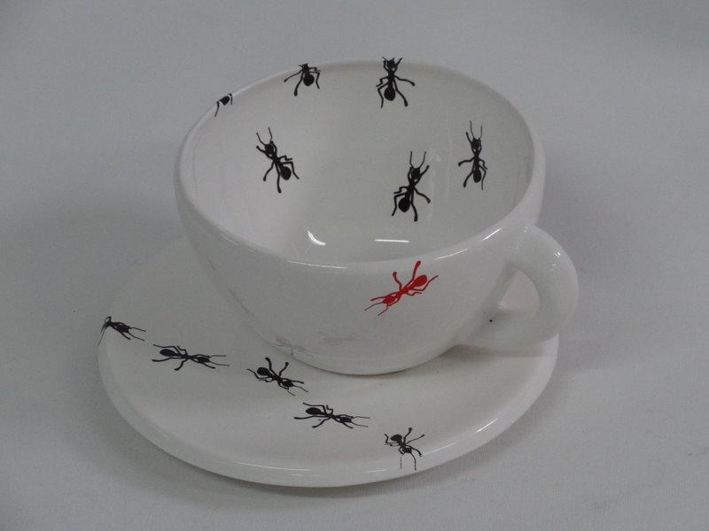 Juegos de t decorados con hormigas reproducci n y - Juego para hacer ceramica ...