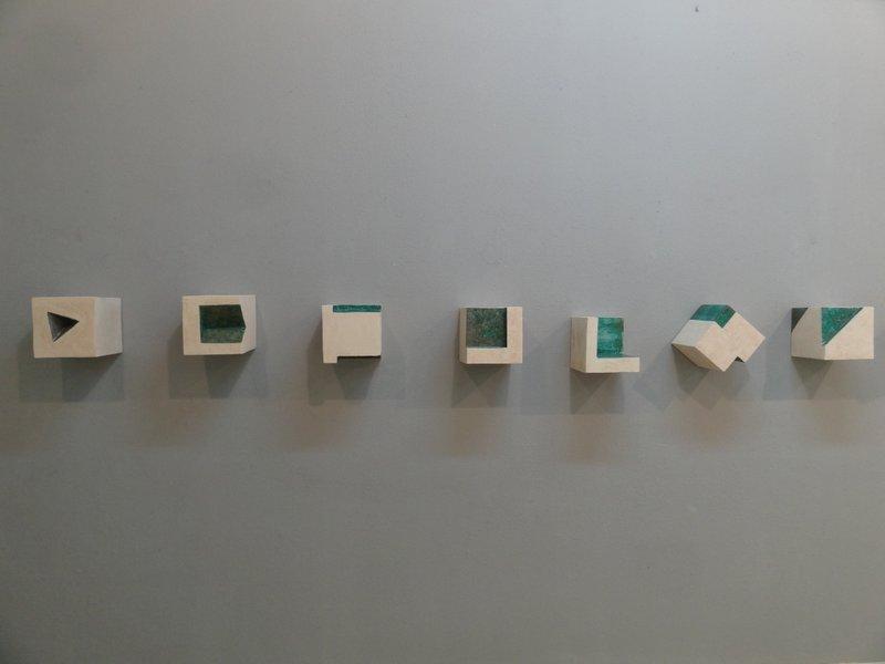 Cubo o hexaedro regular esculturas cer micas cer mica - Murales de ceramica artistica ...